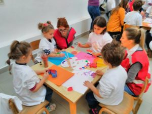 """Креативна работилница """"Едно Сонце За Сите Деца"""""""