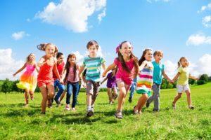 СООПШТЕНИЕ ЗА МЕДИУМИ:  Бараме итно ставање на дневен ред на Собранието на Законот за социјална заштита и дополнувањето на Законот за заштита на деца